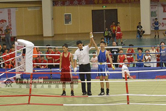 广西青少年拳击锦标赛在田阳体育公园体育馆开赛