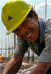 盛夏的建筑工