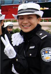 交警的微笑
