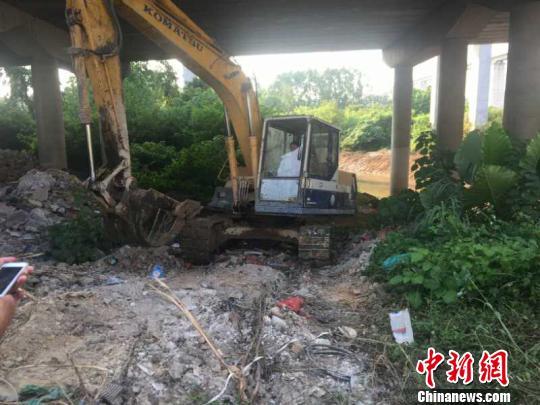广州花都区狮岭镇西头村大颈河事发现场 广州警方 摄