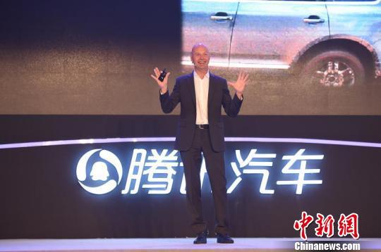 """AI进化""颠覆汽车制造 中国有望率先实现无人驾驶"