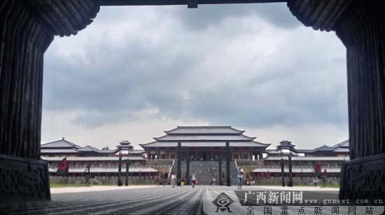 """""""东方好莱坞""""—— 横店影视城"""
