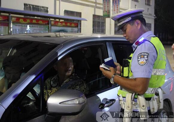 防城港一个多月查处交通违法7638起