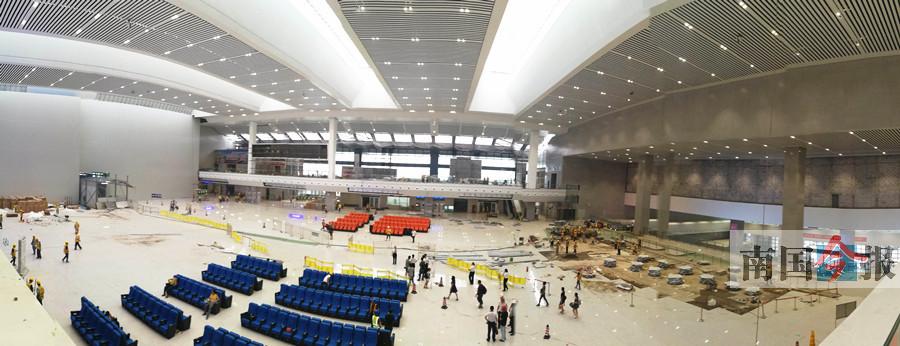 """柳州火车站实行""""西进西出"""" 候车环境有很大改善"""