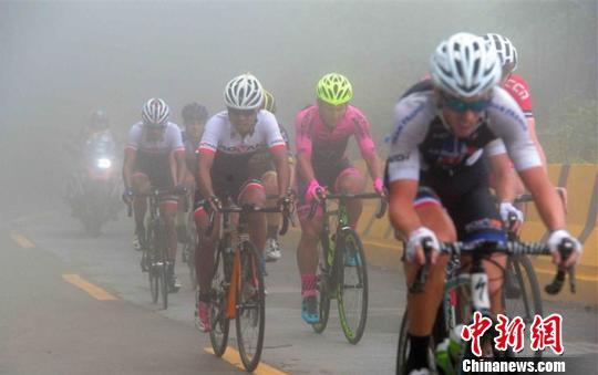 环鄱阳湖国际自行车赛萍乡站:澳大利亚选手夺冠