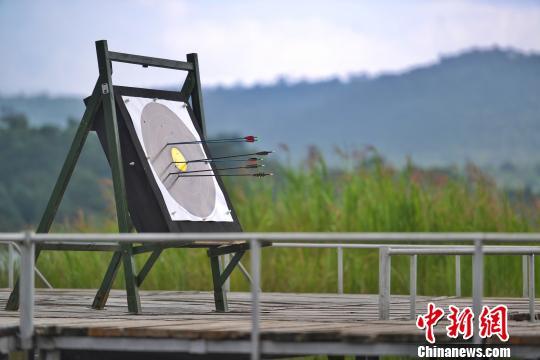 中国唯一国家级原野行动射箭昆明石林跳伞(图荒野比赛开弓不会图片