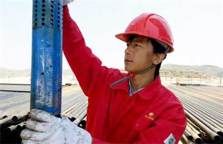"""""""油井神医""""杨义兴:创新灵感来源于实践最后一公里"""