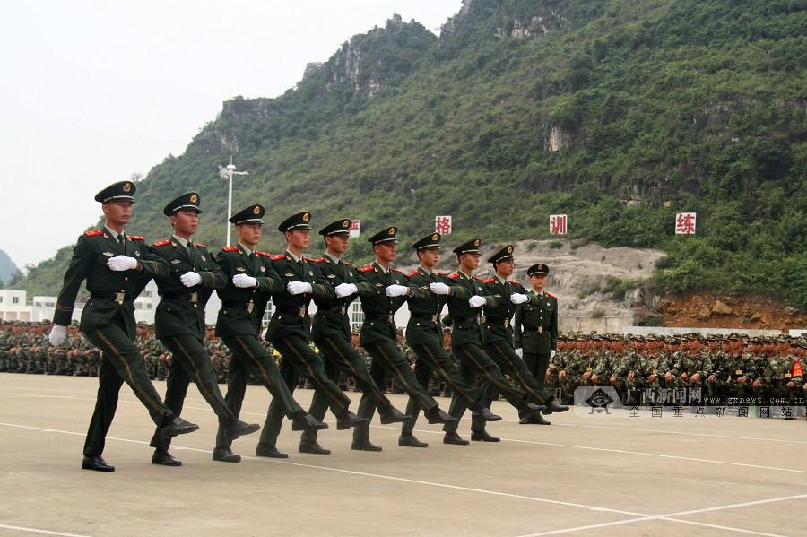 【高清】广西崇左:武警新兵开训