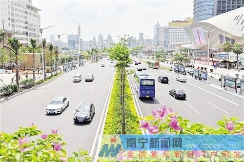"""南宁市容颜值飙升焕然一新 空气质量""""一路高歌"""""""