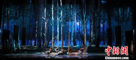 原创歌剧《这里的黎明静悄悄》:对经典的诗化解读