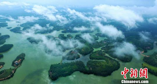 图为越州天湖。浦北县宣传部供图