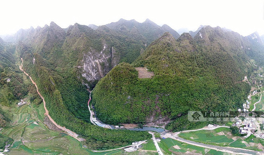 丹炉山旅游项目动工 将建有国内单体最长玻璃栈道