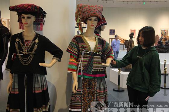 2017广西艺术作品展览在广西美术馆举办