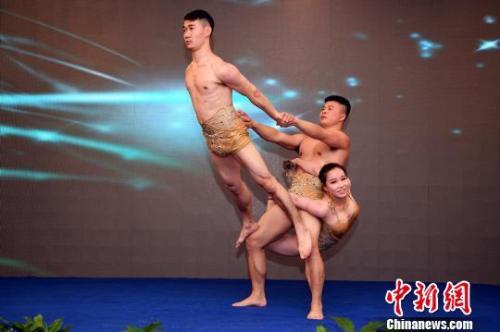 湖南向8国外媒推介锦绣潇湘 助推与世界各地的旅游合作