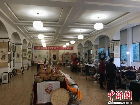 夹江年画传承人:希望保持传统文化的原汁原味