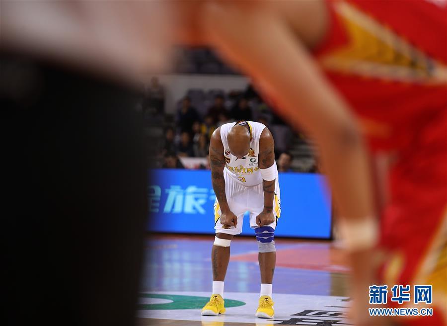 (体育)(5)篮球――CBA常规赛:北京农商银行不敌深圳马可波罗