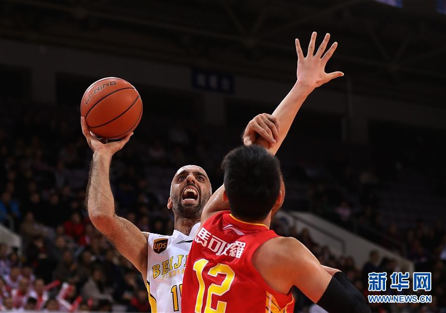 (体育)(7)篮球――CBA常规赛:北京农商银行不敌深圳马可波罗