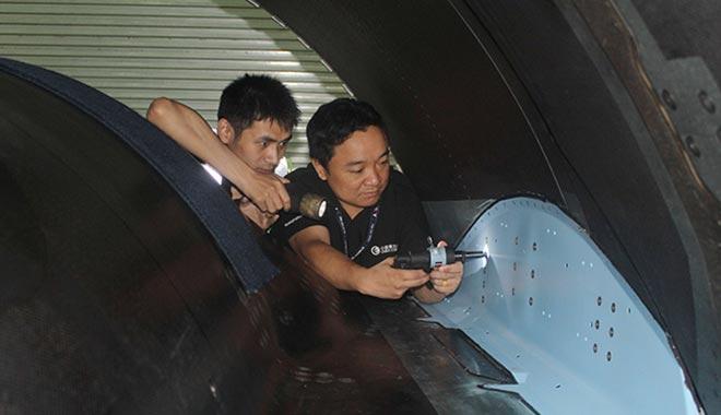 """飞机""""医生""""吴志巨和他的航空梦之队"""