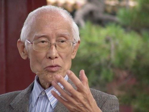 著名诗人余光中病逝享年90岁 作品被两岸三地教科书收录