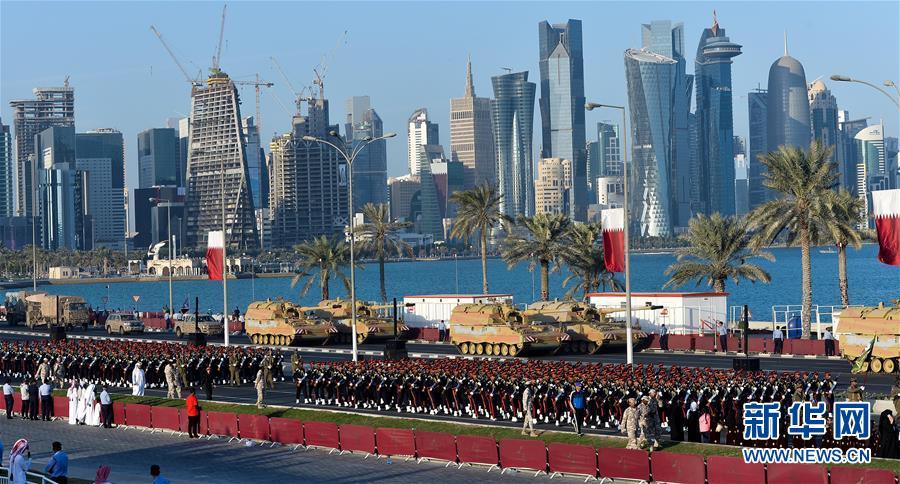(国际)(1)卡塔尔举行国庆阅兵彩排