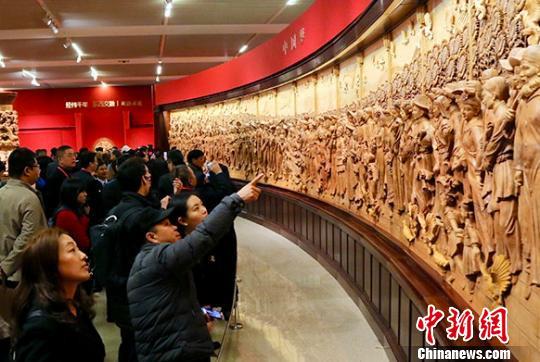 """百件""""一带一路""""主题东阳木雕作品现身国家博物馆"""