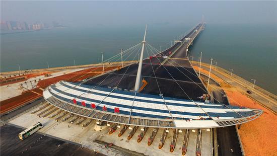 国实力 保障港珠澳大桥工程如期具备通车条件