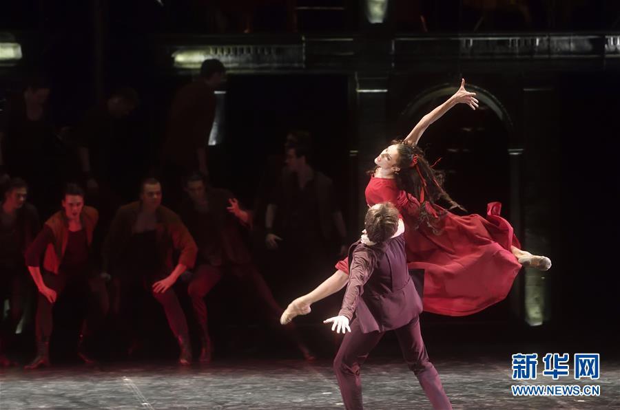 (文化)(1)芭蕾舞剧《卡拉马佐夫兄弟》在京演出
