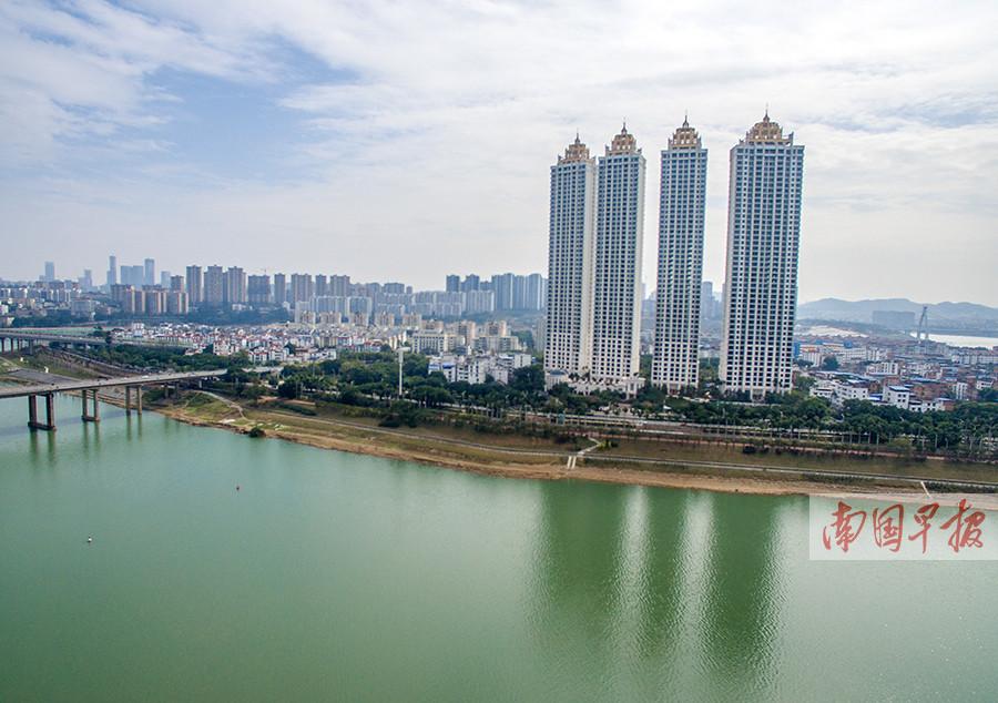 10日焦点图:2017年南宁建成摩天大楼数居世界第二