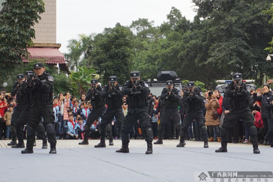 守护新时代美好生活 南宁110宣传月活动启动