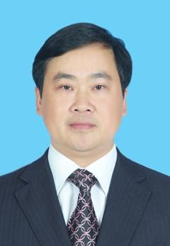 秦春成当选桂林市人民政府市长