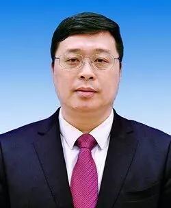 韦韬当选玉林市人民政府市长