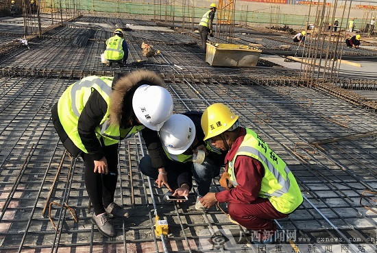 """""""二维码""""亮相工地  助力项目标准化建设"""