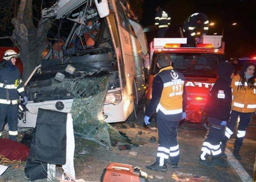 土耳其旅游大巴发生车祸致11人死亡