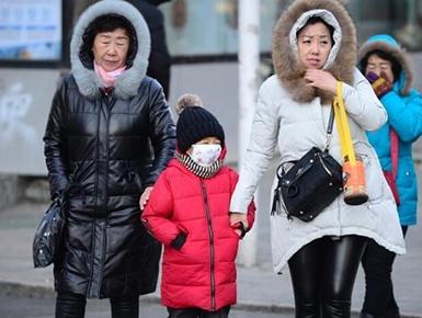 内蒙古大幅降温 呼和浩特市迎入冬最冷天(组图)