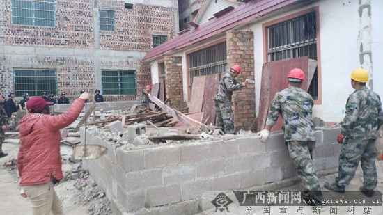 南宁市仙葫开发区集中拆除新增违法建设