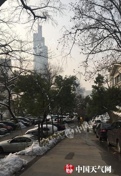 江苏道路结冰和霾预警齐发 本周天寒冻南京低至-8℃