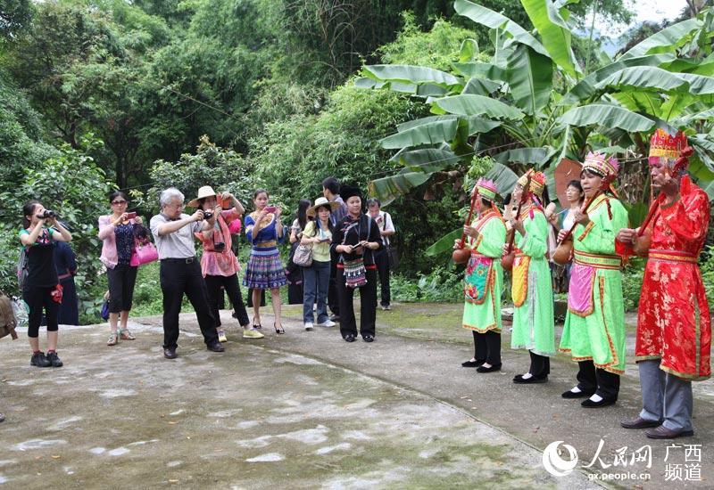 广西宁明乡村旅游区传统民俗活动受欢迎