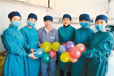 姐姐患上罕见病生命垂危妹妹捐1.8米小肠救助