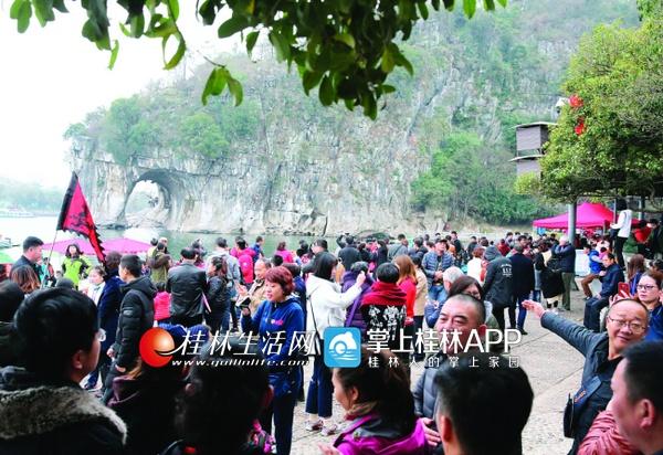 """春节黄金周桂林迎来""""开门红"""" 旅游消费25.98亿"""