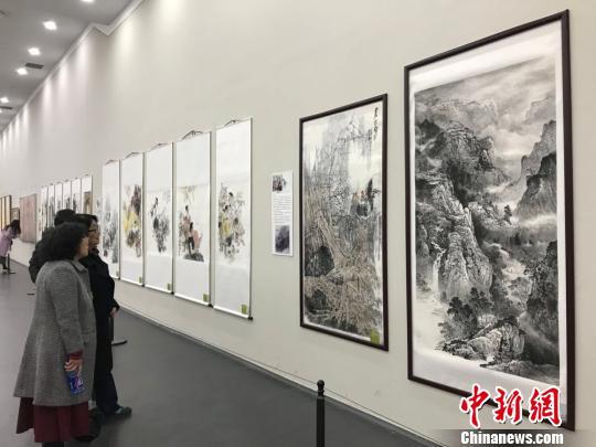 """300余幅女画家作品亮相太原美术馆展示""""中国精神"""""""