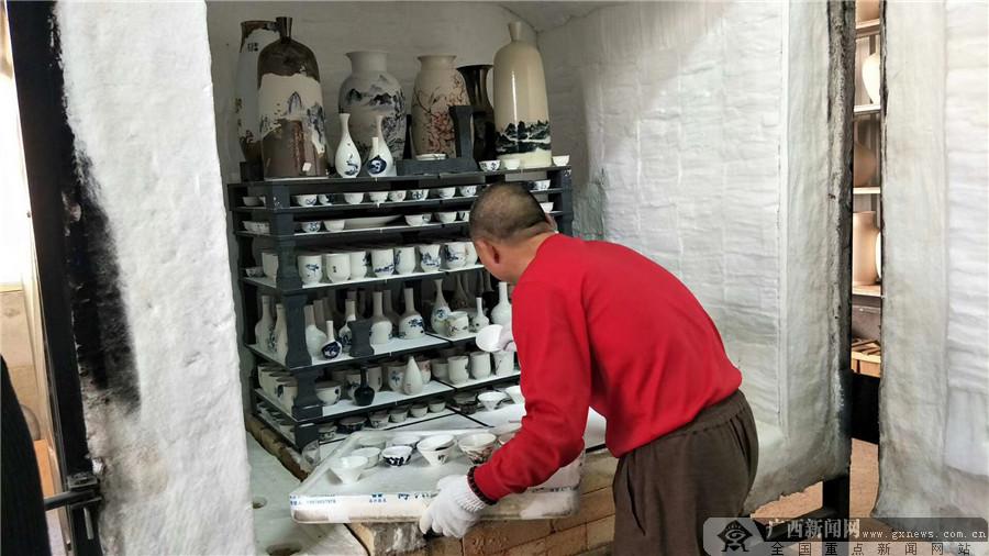 老木棉匠园匠人自主研发青花瓷开窑