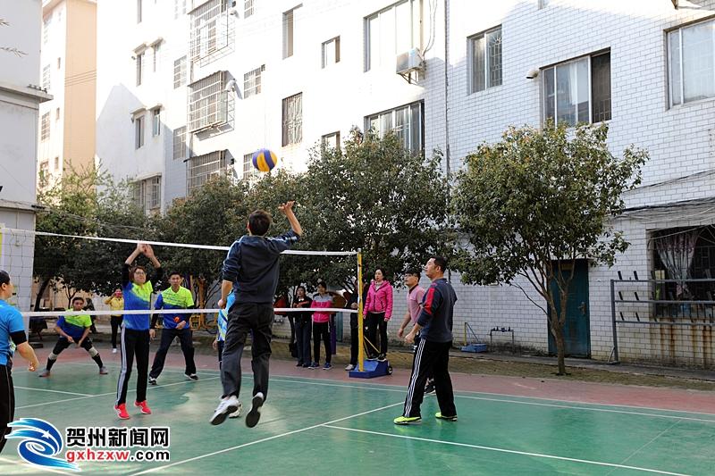 贺州:文化体育进社区 携手共建幸福区