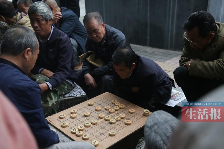 邕城公共文化设施短缺 老人精神文化活动贫乏(图)
