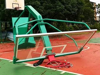柳州沙塘遭大风袭击 破坏力大一片狼藉(组图)