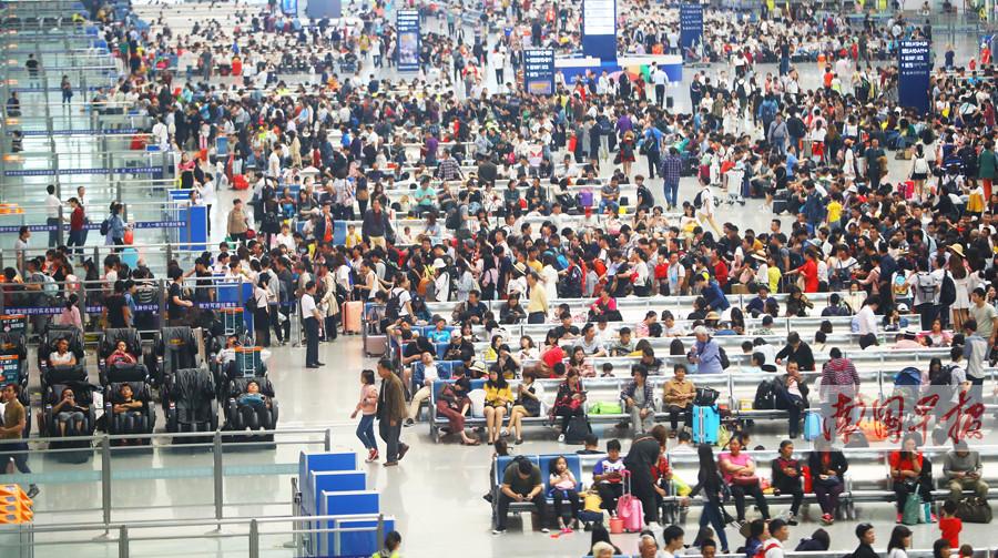 小长假广西旅游吸金126亿 共接待游客1635万人次