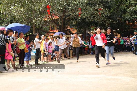 品美食听山歌 第九届阳圩山歌节吸引数万游客(图)