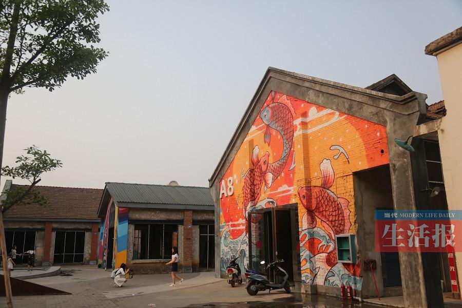 """高清组图:老南宁的绢纺厂 新南宁的""""798"""""""