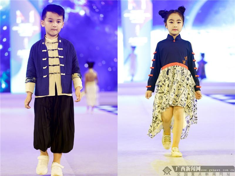 火爆!2018年中国童模之星CMST选拔赛百名童模走秀