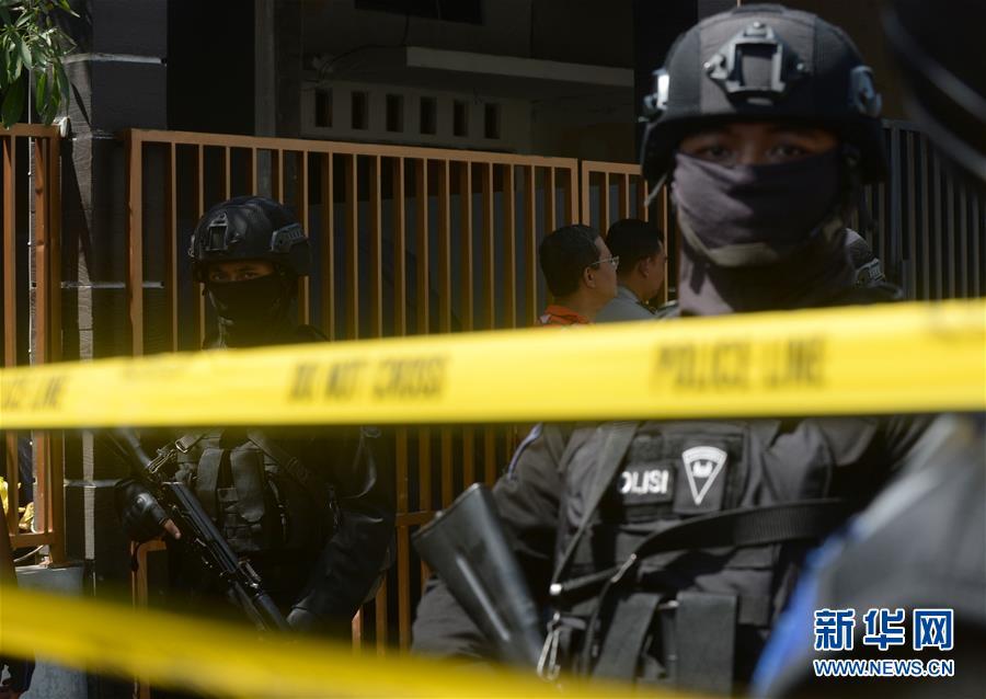 (国际)(3)印尼警方调查泗水警察局总部遇袭事件