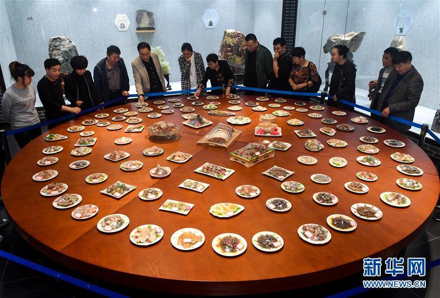 (图片故事)(2)一个人和一座博物馆